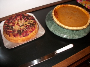 That's Yoshio's delicious cranberry upside down cake next to it.