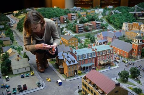 MiniatureRailroad lady