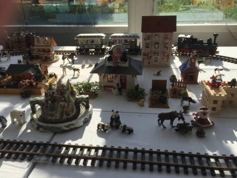 TIC Christmas train town